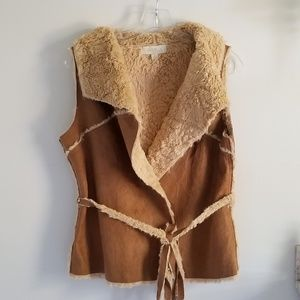 Olive and Oak faux suede lined western vest Med